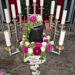 Blumen-Urnenschmuck